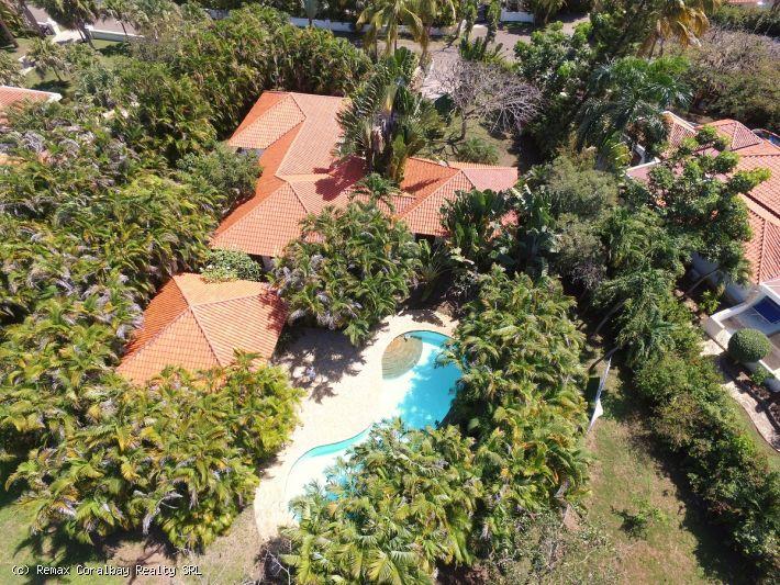 Beautiful home in exclusive resort ...