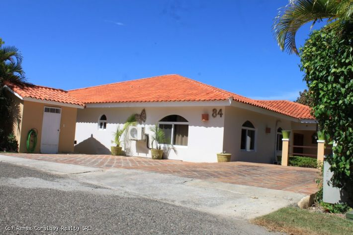 MUST GO!!! Priced to sell NOW!!! 4 BR Dream Villa in Most Popular Secure Gated Community