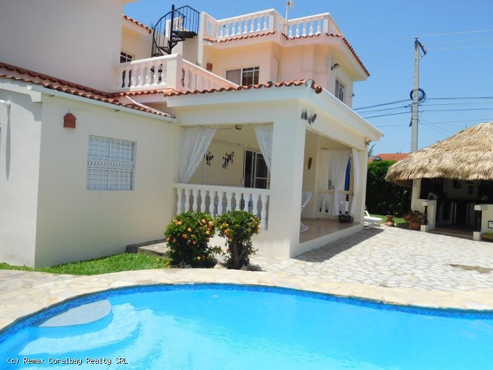 SPECIAL OFFER : Large property with beautiful ocean view ...