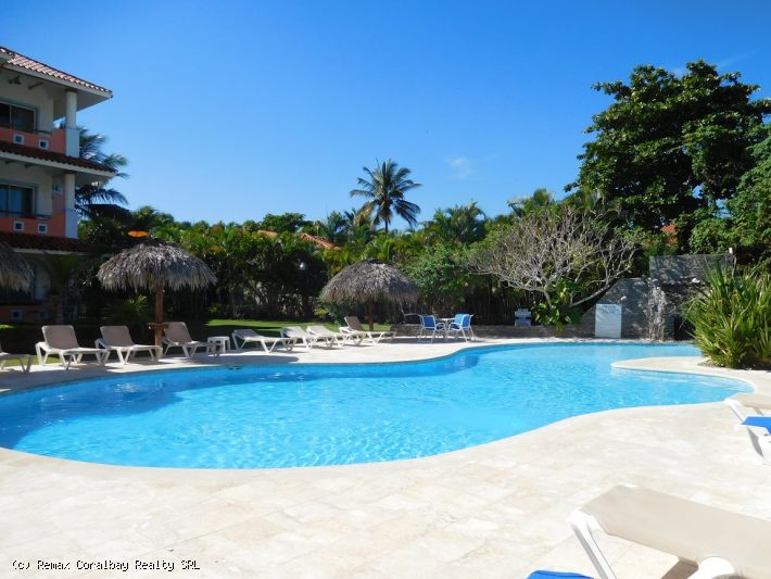 Nice apartment in oceanfront complex ... $US 69,900 !