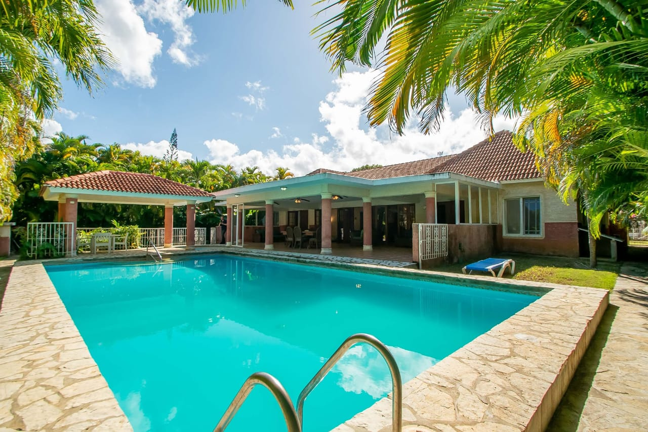 5 Bett Fantastisches Angebot Cabarete Gated Community $ US 360,000